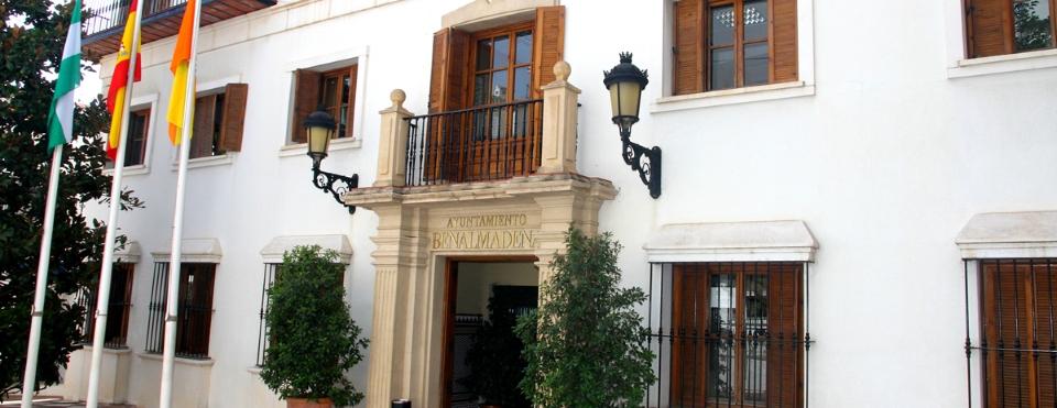 Benalmádena, impulsando Smart Costa del Sol para la eficiencia en la gestión de recursos y servicios turísticos